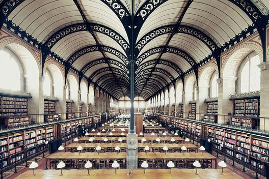 amazing-libraries-8__880